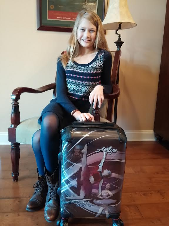 Ashlyn - Logo Luggage